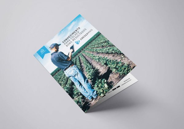 [AGROBUSINESS]Bifold_A4_Mockup_1