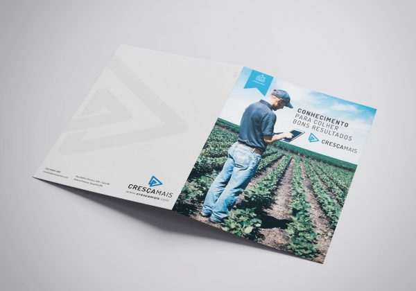[AGROBUSINESS]Bifold_A4_Mockup_4
